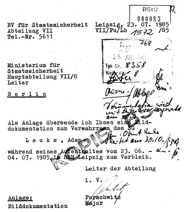 General Oberst oder Genosse Oberst Enke leitet am 30.10./§ 349 ein