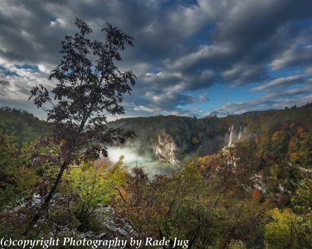 Plitvicer Seen im Herbst Sasravci