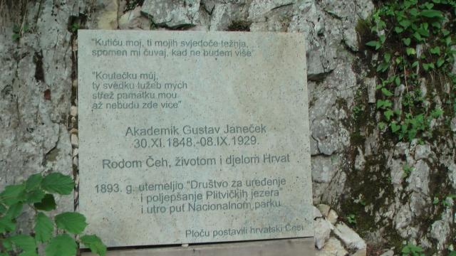 Dr.Gustav Janecek zu Ehren für seinen Einsatz und Beitrag bei der Gründung