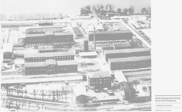 Haus 8 - Haus am See .. am 28.2.1983 pfählte mich IM NAGEL -ODL. Dr. E.Zels auf