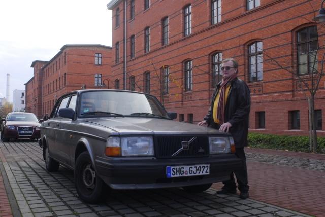 Am 19.5.1982 stand mein VOLVO  244GLT vor der Rudolf-Seifertstrasse 54 geparkt