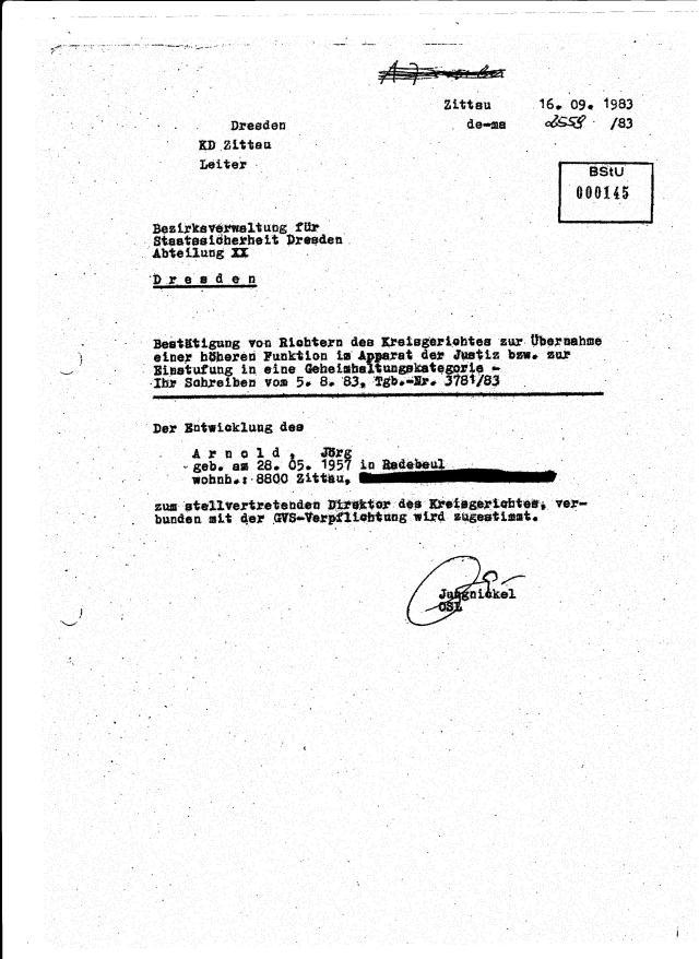 IM ALTMANN erklärte den Wessis das DDR ein durch und durch Rechtsstaat war.