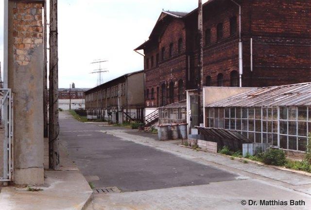 Am 28.2.1982 wurde ich in diesem Haus 8 - MED-Punkz des Zuchthausews Berlin Rummelsburg das erste Mal aufgepfählt: Bei der Gewaltrecktoskopie auf Befehl des MfS hat mir der Anstaltsarzt IMS