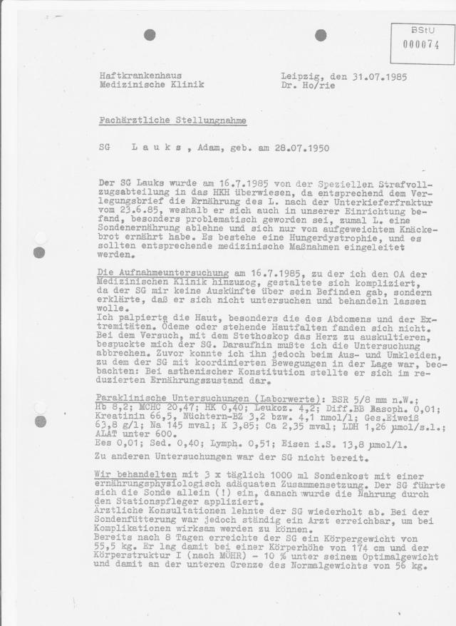 Fachärztliche Stellungnahme Chefarzt Dr. med. Hohlfeld, FA für innere Medizin - Oberstleutnant d.Sv im MD