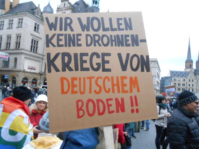 WER und WANN wurde das Deutsche Volk den Einsatz von Drohnen vom Deutschen Boden zugestimmt !??