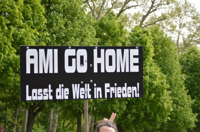 Aus ganz Europa kamen Menschen und nahmen auch diese Message zur Kenntnis als eindeutige innere Angelegenheit des Deutschen Volkes.