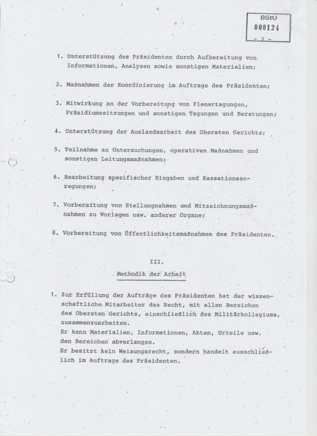 Scan_20160406 (2)Stellung des wissenschaftlichen Mitarbeiters des Präsidenten des OG der DDR
